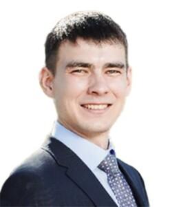 Артур Нураев
